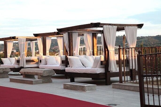 Las camas balinesas dan un toque sofisticado. Foto: Hilton Buenavista Toledo.