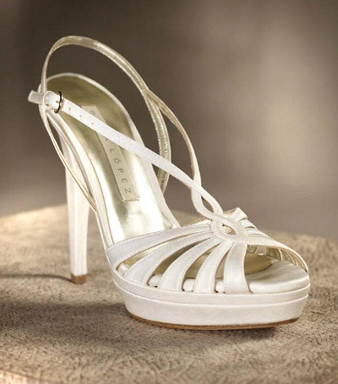 Sandalias de tacón alto en mejor complemento para una boda de verano