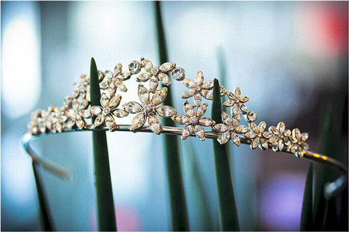 Ein romantisches Diadem für die Braut. - Foto: Torsten Hufsky.