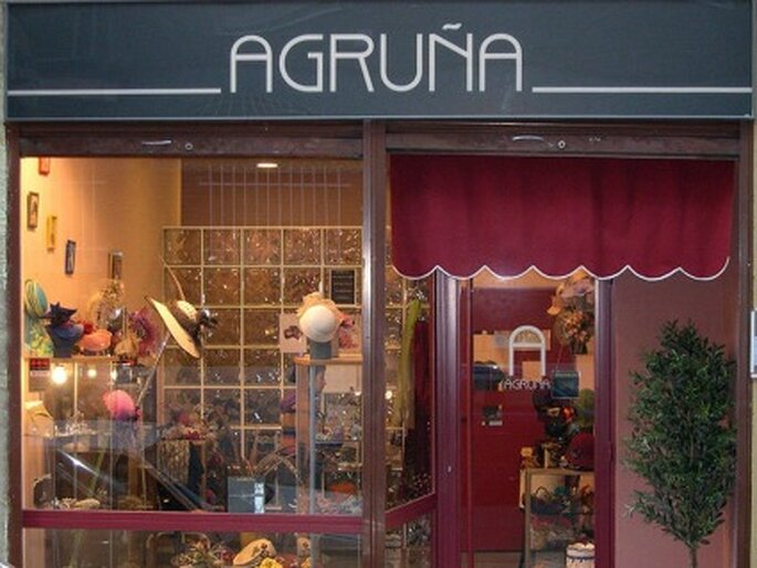 La experiencia y saber hacer se mezclan en la tienda de Charo Agruña