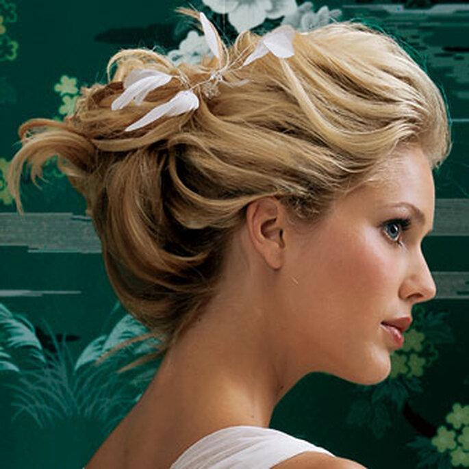 Sigue nuestros consejos para elegir el peinado de boda que más te favorece