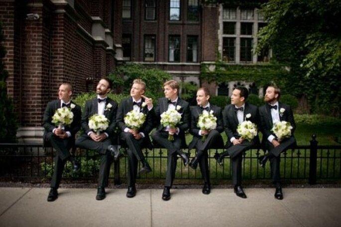 O noivo e seus padrinhos. Foto:  Robb Davidson Photography