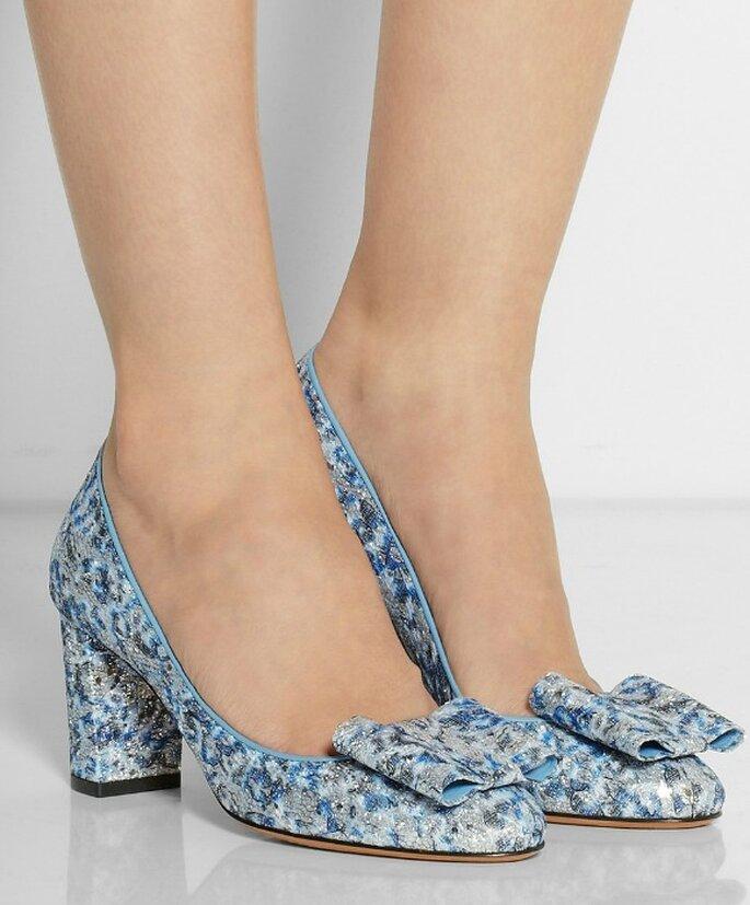 Туфли с голубым оттенком, от Bruno Magli.