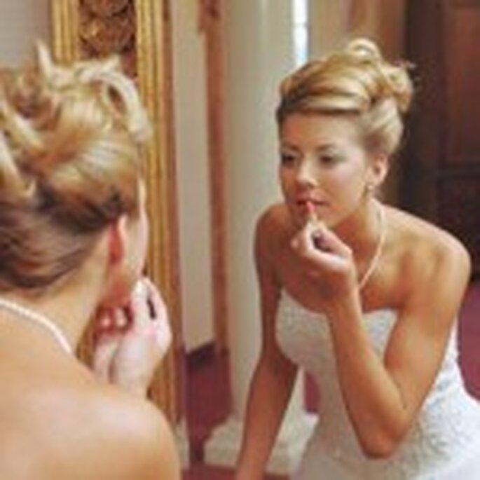 Emergency bride kit - lip gloss