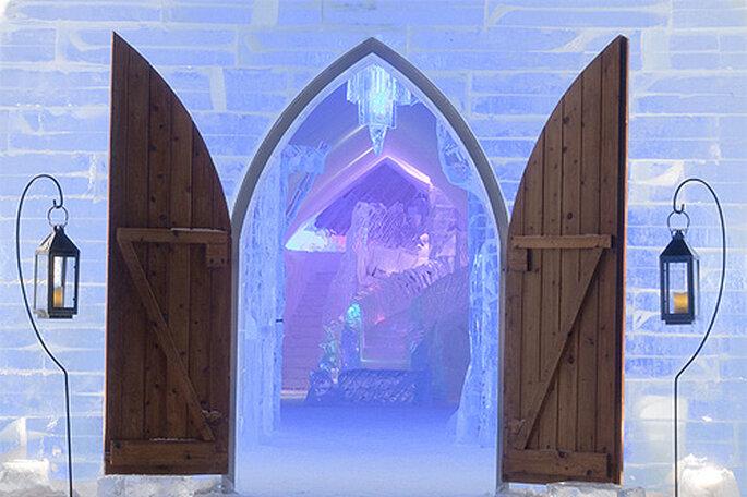 Interior de la Iglesia de hielo del Hotel de Glace. Foto: Hotel de Glace