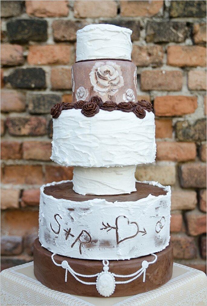 Los mejores pasteles de boda con estilo rústico - Foto Marie Bleyer Fotografie