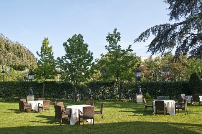 Le Pavillon Dauphine ist mitten im Grünen von Paris gelegen