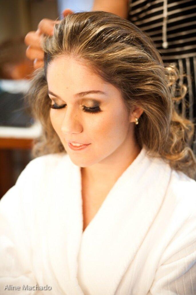 Coiffure de mariée : on mise sur les accessoires ! - Photo : Aline Machado