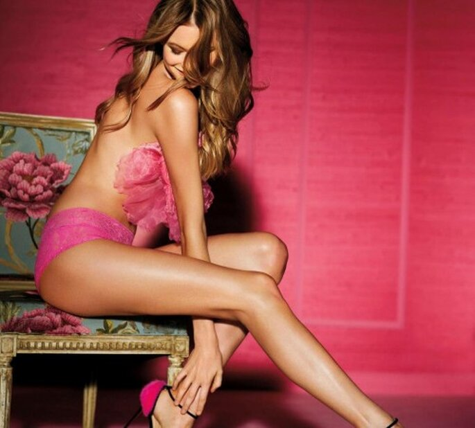 Lencería sexy para novia en color rosa - Foto Victoria's Secret