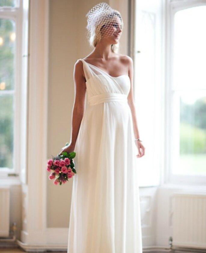 Vestido de novia para mujer embarazada de Tiffany Rose- Foto: Tiffany Rose