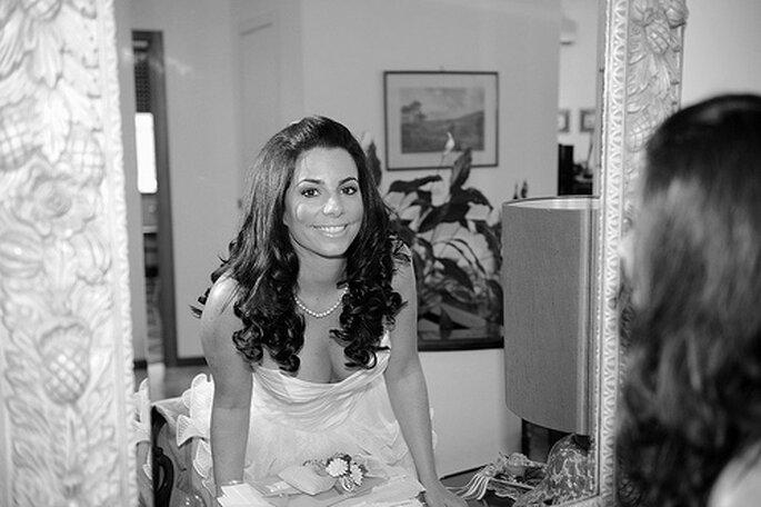 Boucles glamour pour une coiffure de mariage 2013 au top - Photo : Pino Guerra