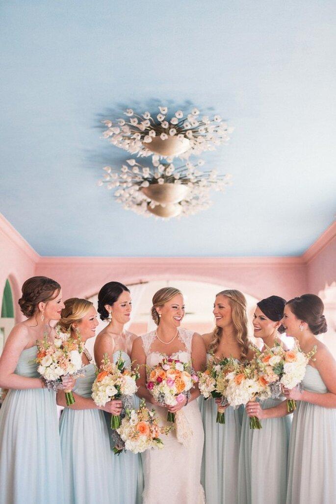 Un toque de menta neutro en los vestidos de tus damas - Foto K and K Photography
