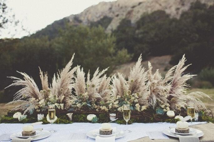 Decoración de mesa de bodas inspirada en Acción de Gracias. Foto de Sarah Kathleen