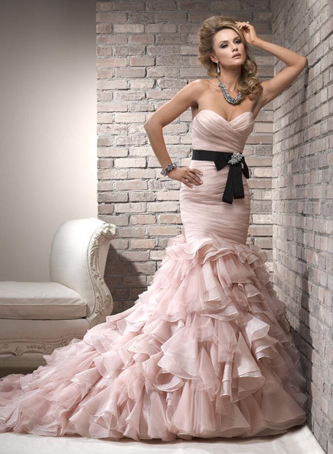 Vestido de novia en color rosa palido - Foto Maggie Sottero 2013