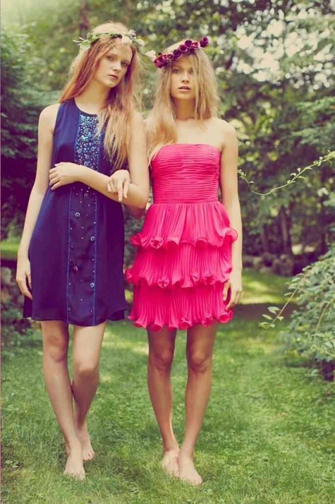 Vestidos de fiesta cortos en colores marino y rosa intenso - Foto Erin Fetherston