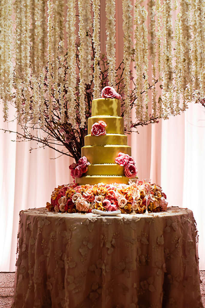 Pasteles de boda multicolor para 2014 - Foto F8 Studios