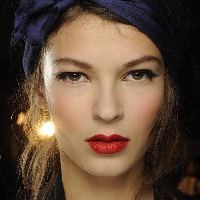 Elige un color rojo matte intenso para tus labios - Foto MAC Cosmetics