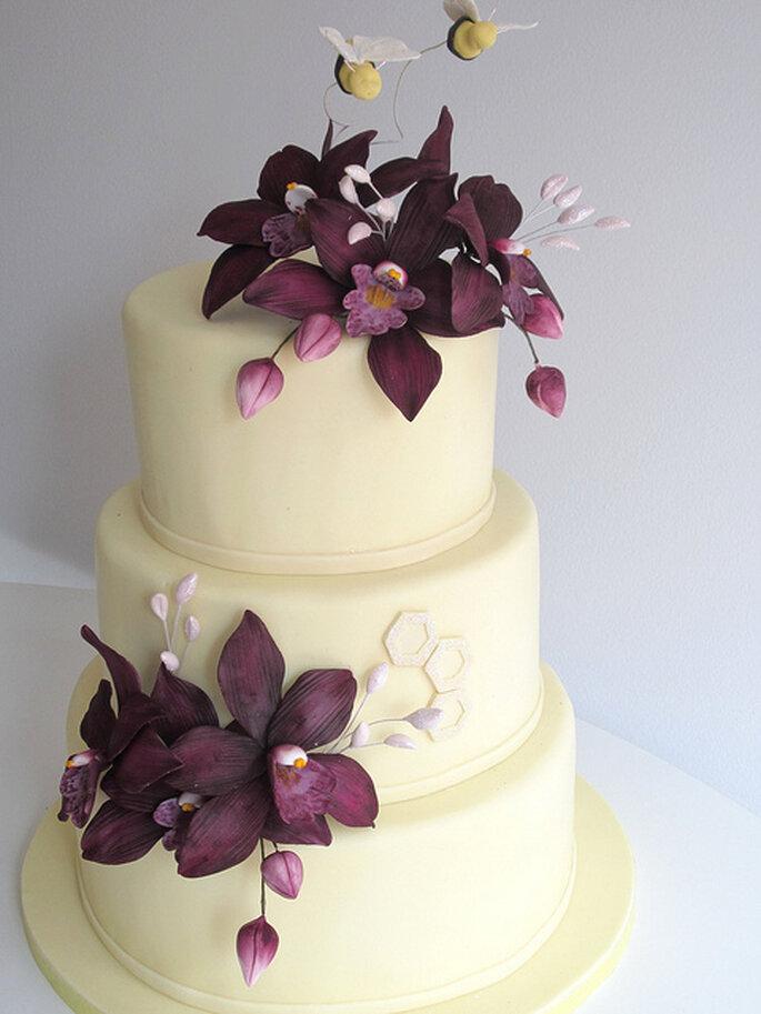 Pastel en Orquídea Radiante. Foto: Wicked LIttle Cake Company