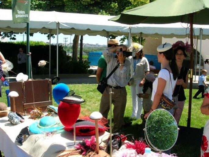 I Festival del Sombrero, una iniciativa original donde las novias podían probarse cualquier tocado - Amaya Barriuso