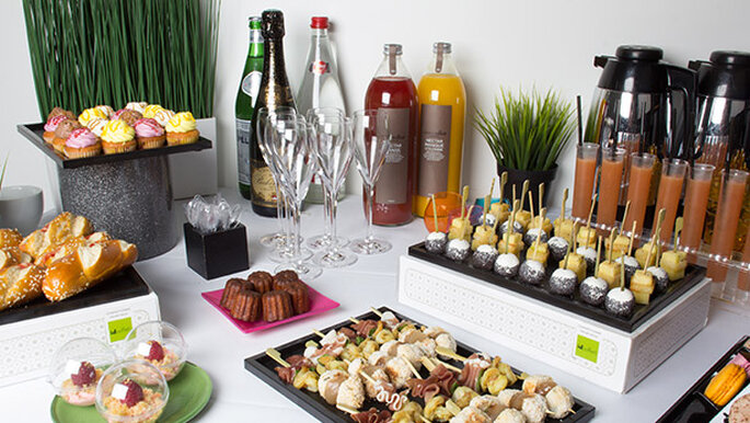idbuffetcom cocktail dinatoireen - Buffet Dinatoire Mariage