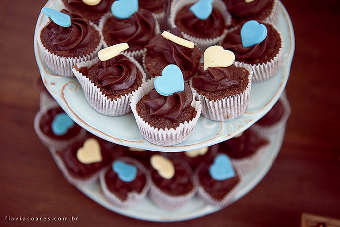 Dulces con corazones de colores para boda. Foto: Flavia Soares