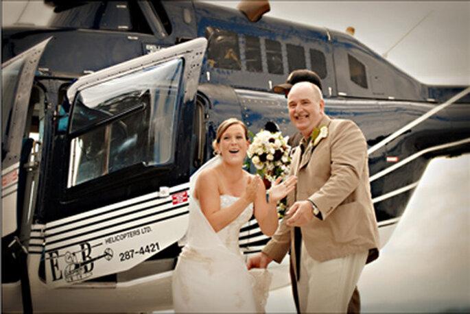L'arrivo della sposa in elicottero sorprenderà certamente gli ospiti. Foto: Erin Wallis Photography