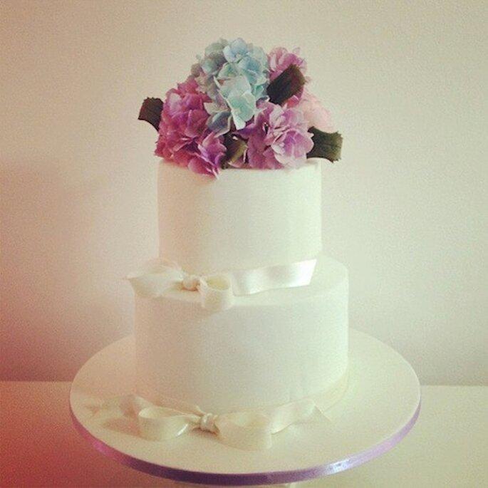 Bouquet para bolo de Casamento de Nelson Pantano Foto - Facebook SPSS