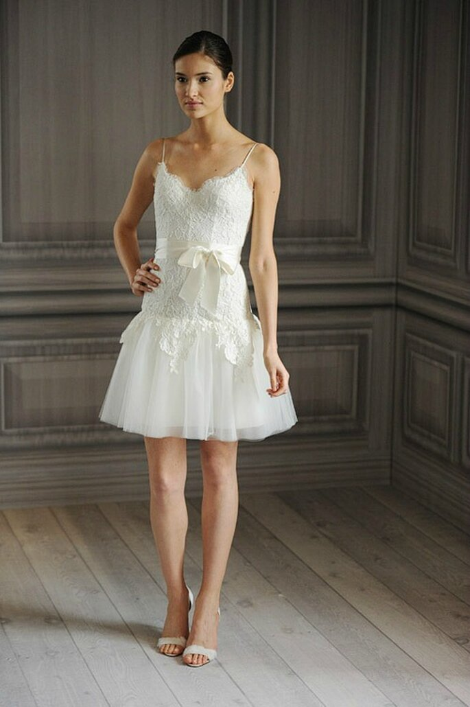 Corsage en dentelle et jupe en tulle. Monique Lhuillier Collection 2012 - Photo www.weddingbellsblog.com