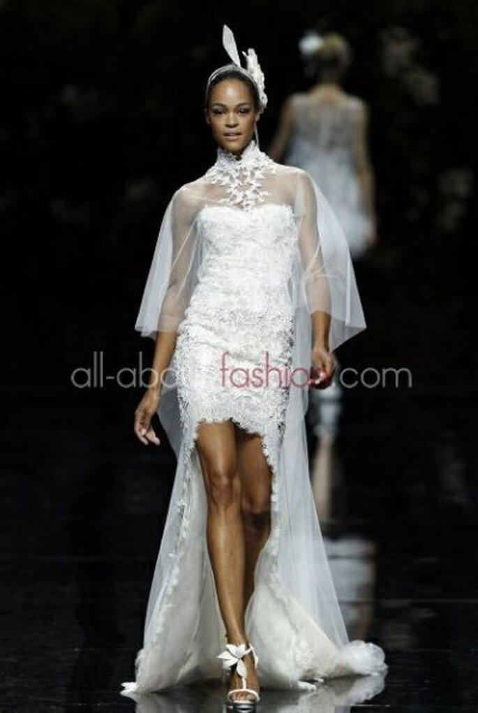 zauberhaftes Brautkleid mit Schleppe - Manuel Mota
