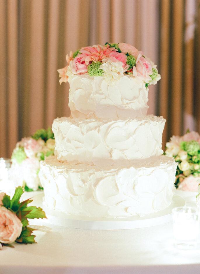 pastel con flores - Jose Villa Photography