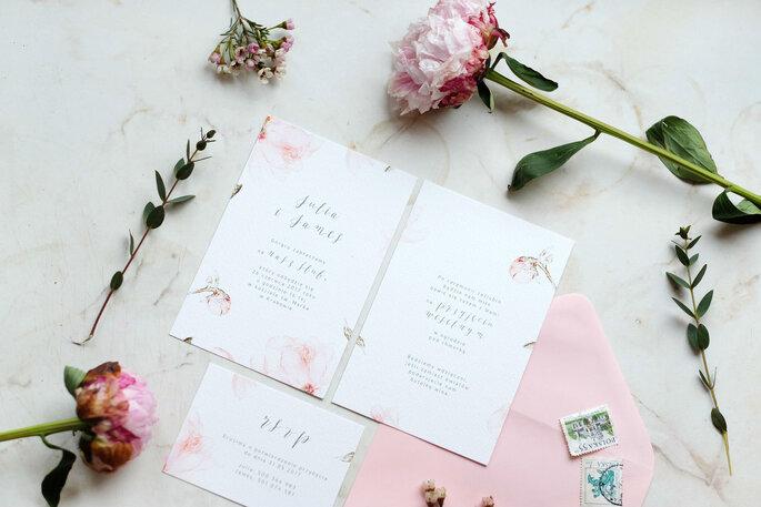 piwonia pudrowa Love Prints