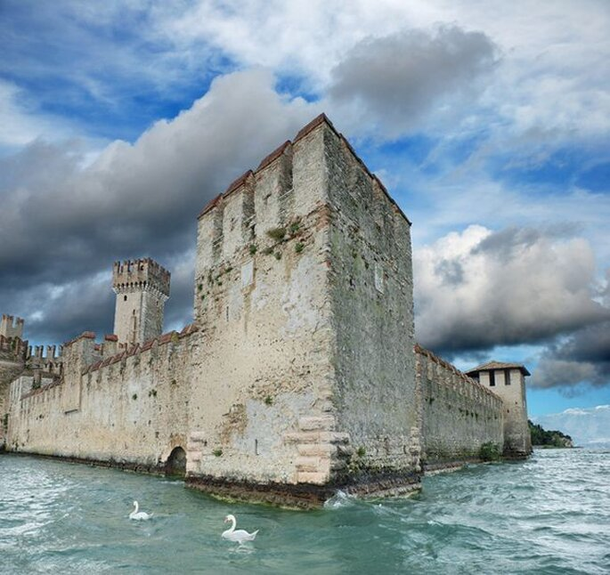 Greetings from Sirmione! Foto via Pinterest by portfoliodesignblog.co.za