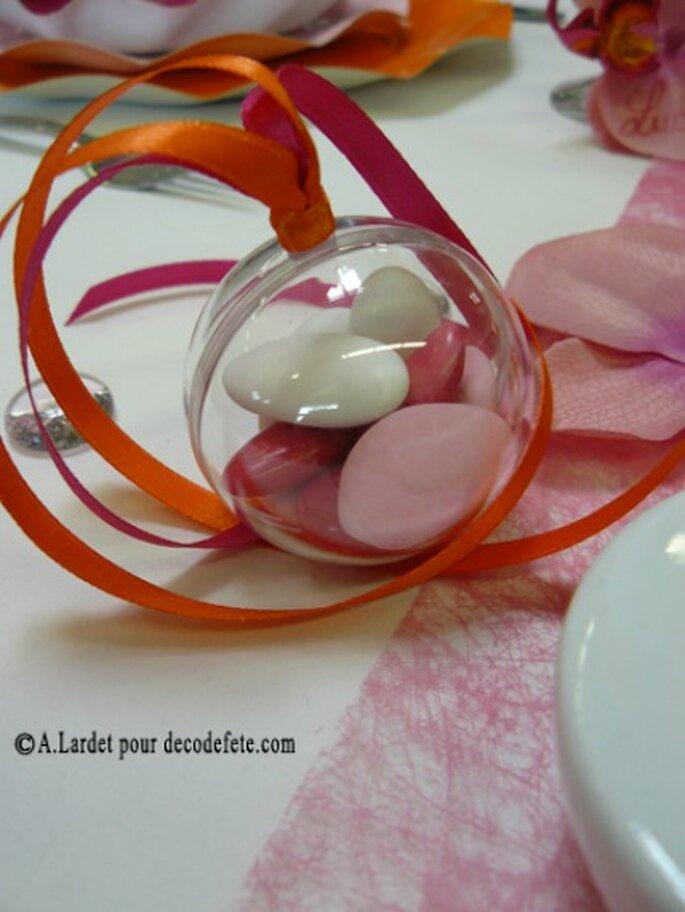 Présentation gourmande et raffinée pour les tables de votre mariage - Photo : decodefete.com