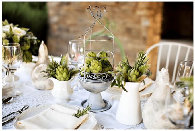 Las alcachofas se verán sensacionales en tus centros de mesa - Foto Jasmine Star
