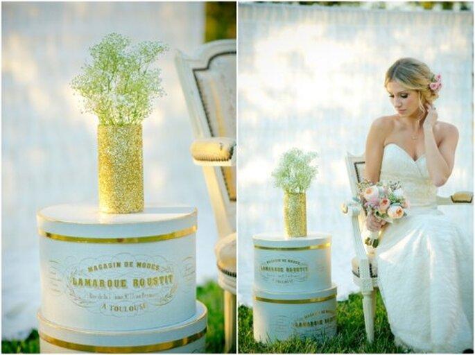 Florero y cajas estilo vintage con detalles oro - Foto Set Free Photography