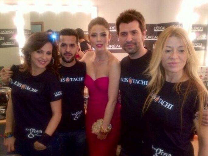 Juana Acosta con el equipo de Luis & Tachi. Foto: Luis&Tachi