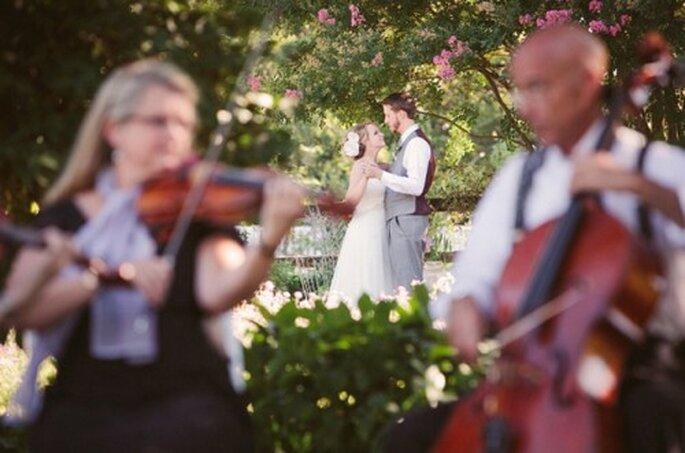 Elige un ensamble de música clásica para ambientar tu boda - Foto Krystal Mann en Fabyoubliss