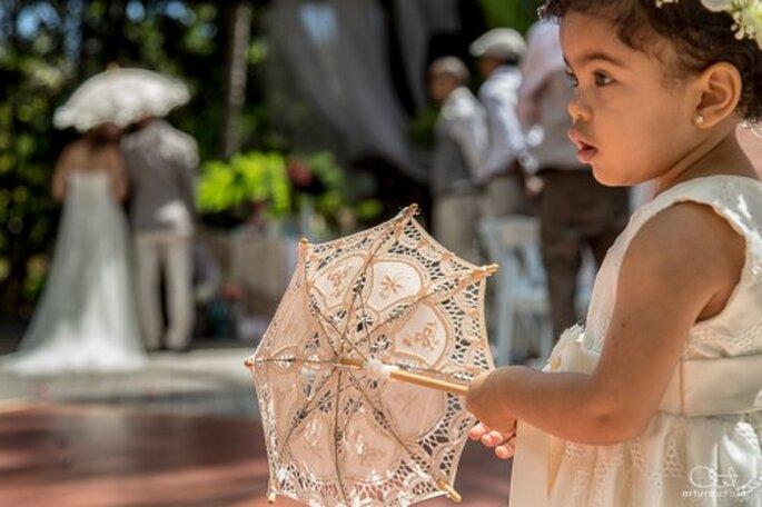 Enmarca los rostros de tus invitados en unas lindas fotografías artísticas de boda - Foto Arturo Ayala