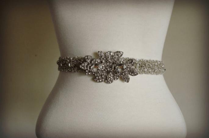 Cinturón de pedrería para vestidos de novia - Foto Etsy