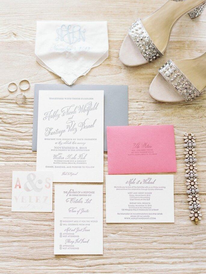 Papelería con un acento de color rosa - Foto Lauren Kinsey Fine Art Wedding Photography