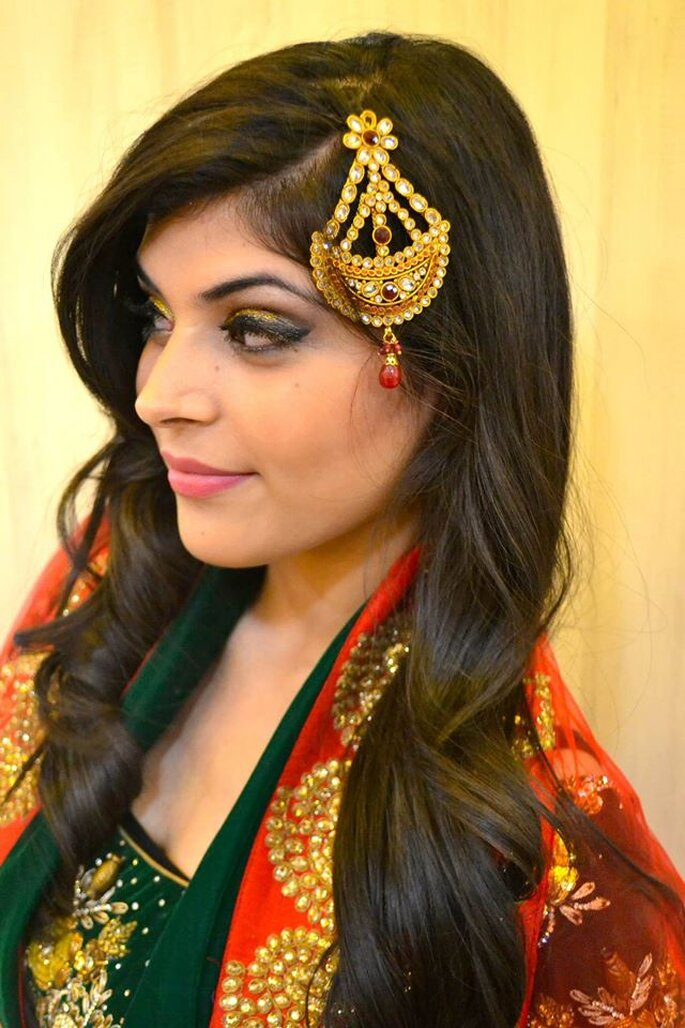 Makeup Artist: Simmi Ghai.