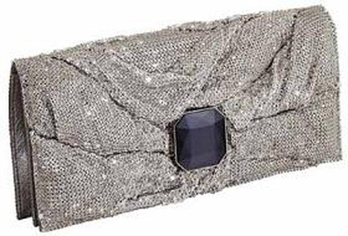 Bolso de mano de Swaroski con detalle de pedrería en el cierre
