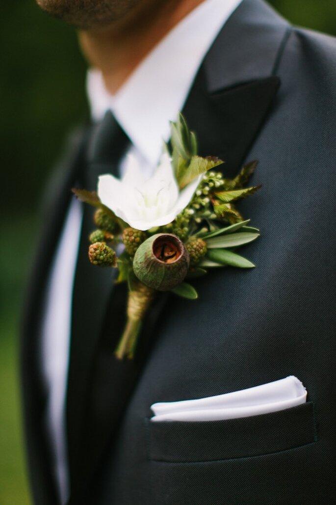 El color verde puede transformar el look de tu novio al instante - Foto M Three Studio
