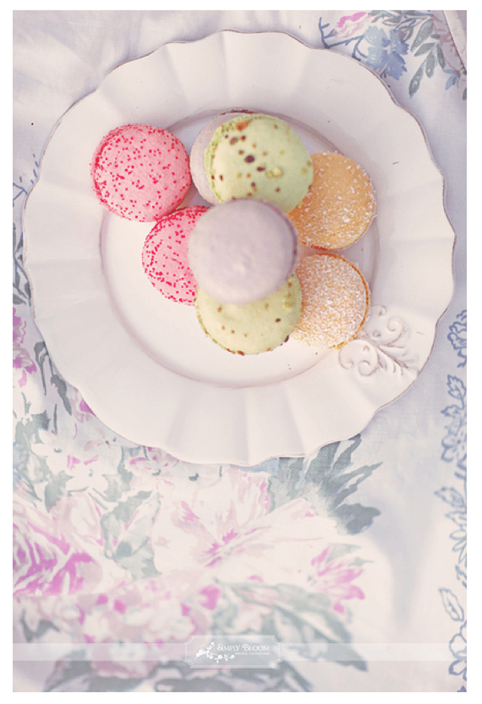 Macarons para el postre de tu boda - Foto Simply Bloom Photography