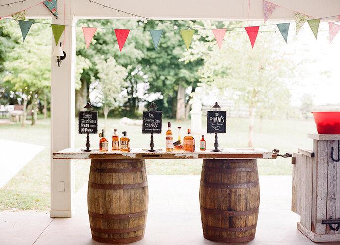 Barra de whisky y tequila para el banquete de tu boda - Chris Cornwell Photography