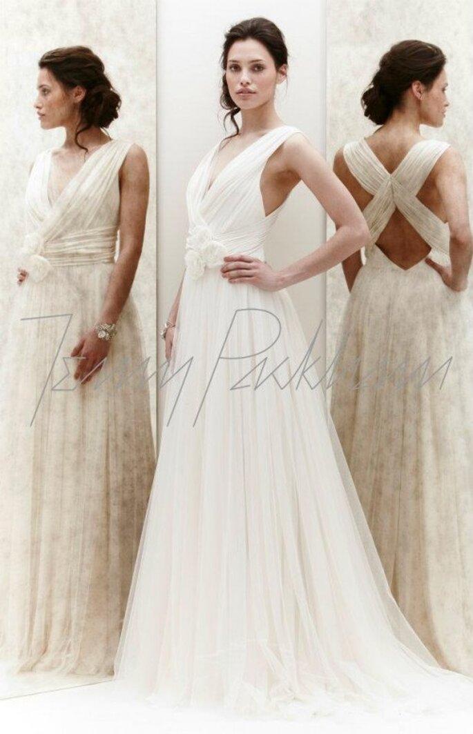 Vestido de novia de encaje y la espalda cruzada - Foto Jenny Packham