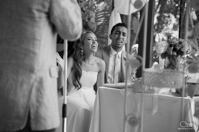 Deja que tus emociones fluyan durante el brindis en tu boda - Foto Arturo Ayala