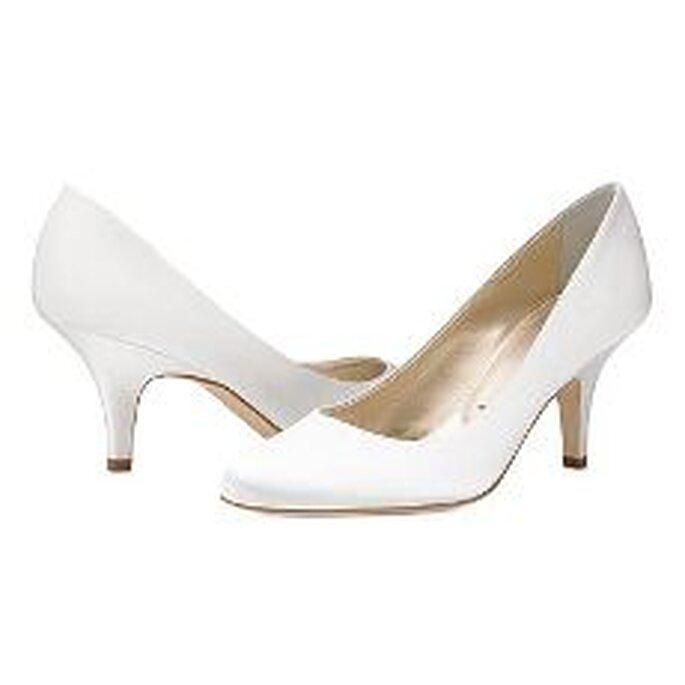 Vera Wang, zapatos clásicos con tacón medio