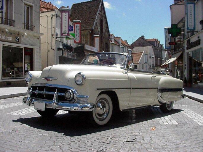p des voitures de prestige pour un mariage vintage avec location retro
