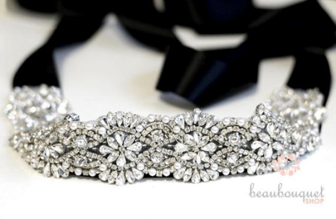 Cinturón de lazo negro con incrustaciones de cristales swarovski para vestidos de novia - Foto Etsy